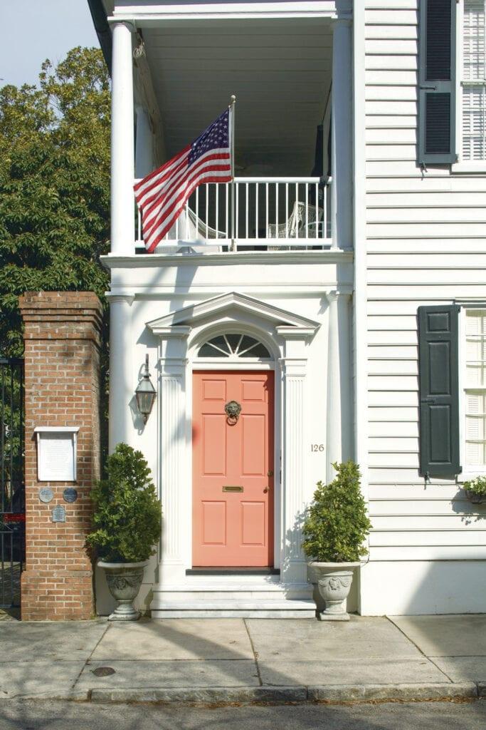 Door: 2170-40 Coral Spice   Trim: OC-65 Chantilly Lace